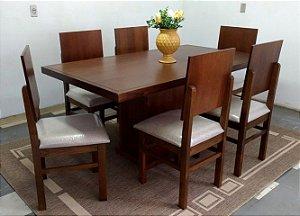 Mesa 1,70 m com 6 Cadeiras estofadas Madeira Maciça