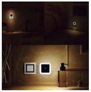 Luminária LED com Sensor
