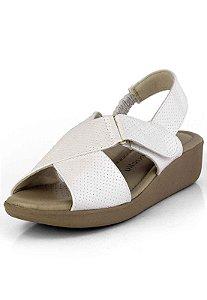 Sandália Conforto com Velcro Verniz Branco