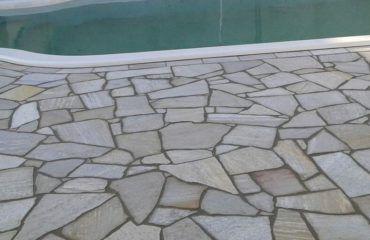 Base Concentrada para limpar pedras de piscina faz 40 litros