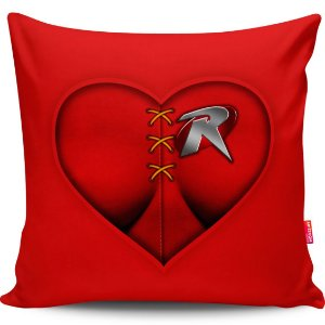 Almofada Coração de Herói Robin Girl 40x40cm