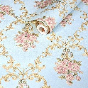 Papel de Parede Azul Claro com Arabescos dourados e Flores Rosas