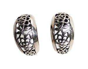Meia argolas em prata de Bali