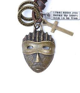 Colar Masculino de Couro com Pingente Máscara - CC16