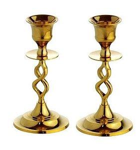 Castiçal de metal dourado