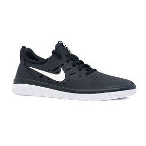 Tênis Nike SB Nyjah Free