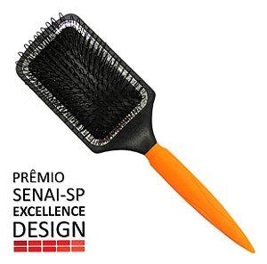Escova Raquete 4x1 couro cabeludo sensível - Prêmio Senai-SP Excellence Design