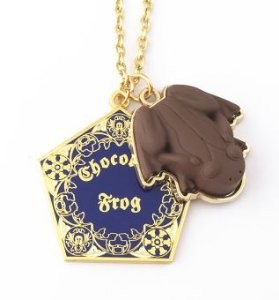COLAR  SAPO DE CHOCOLATE - HARRY POTTER