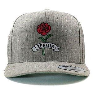 Boné Snapback Zero 18 Aba Curva Rose Cinza Mescla Flexfit