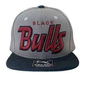Boné  Black Bulls Snapback Cinza