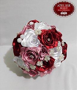 Buquê de Noiva - Rosas Colombianas - Marsala, Rosa Antigo e Branco