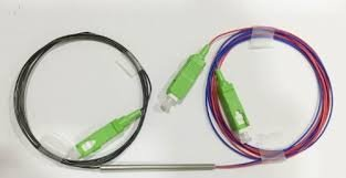 Splitter desbalanceado 1x2  TWC (Three- Window Coupler) comprimento :1.5m  com conector SC/APC