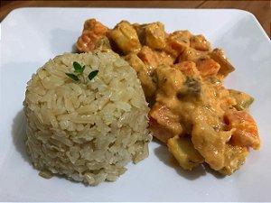 Strogonoff vegetariano com arroz integral