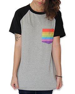 Camiseta Raglan - Bolsinho do amor - Unissex