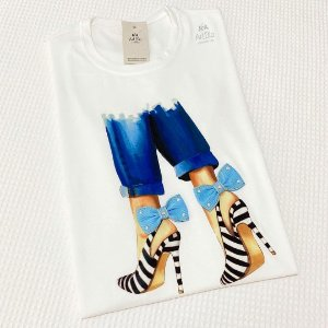 Tshirt Scarpin Laço Jeans
