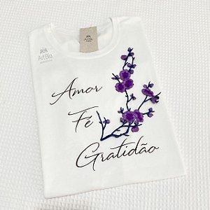 Tshirt Amor, Fé e Gratidão