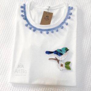 Tshirt pássaro pompom azul