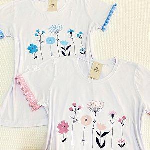 Tshirt florescer rosa e azul