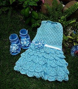 e61b90aaa Conjunto de Vestido em Crochê com Sandália ou Sapatinho - Kit Completo - Buju  Baby & Kids