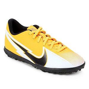 Chuteira Society Nike Mercurial Vapor 13 Club Amarela Masculino