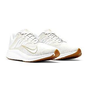 Tenis Nike Quest 3 Branco/Dourado Feminino
