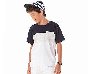 Camiseta Básica Recortes By Gus
