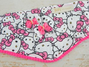 KIT BANDANA ESPECIAL E LAÇOS JOY - Hello Kitty