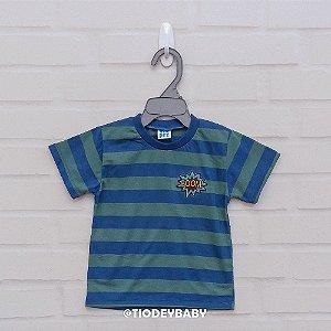 Camiseta Malha Manga Curta Listrada Verde com Azul BOOM