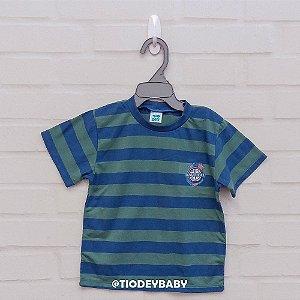Camiseta Malha Manga Curta Listrada Verde com Azul Nautical