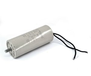 Condensador Elétrico Fixo com Dielétrico em Plástico