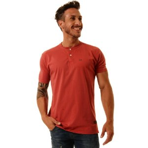 Camiseta Oitavo Ato Henley Vermelho Stone