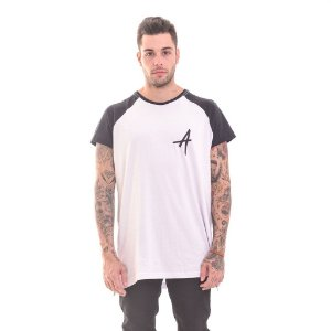 Camiseta Raglan Com Zíper