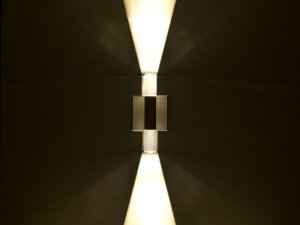 Arandela de Sobrepor 2 Fachos LED 1W Bivolt Crystal Squadro