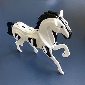 Cavalo Decorativo em Acrílico