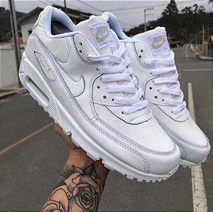 Nike Air Max 90 - Preto/Branco