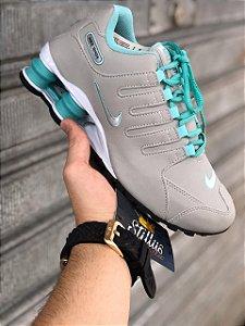 Tênis Nike Shox - Cinza/Verde Agua