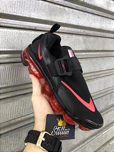 Tênis Nike Vapormax Plus 2.0 - Preto/Vermelho