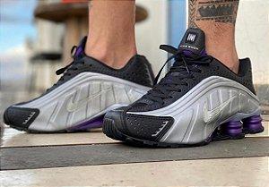 Tênis Nike Shox R4 - Prata/Roxo