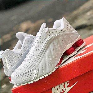 Tênis Nike Shox R4 - Branco/Vermelho