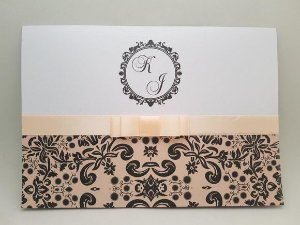 Convite de casamento floral perolado