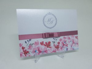 Convite casamento floral rosa metalizado