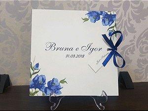 Convite casamento floral azul moderno