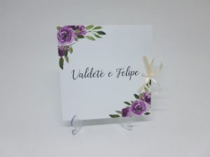 Convite de casamento lilás e roxo floral