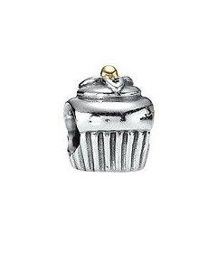 Charm Cupcake