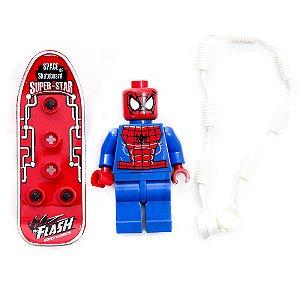 Boneco Lego Marvel Homem-Aranha Com Skate e Acessórios
