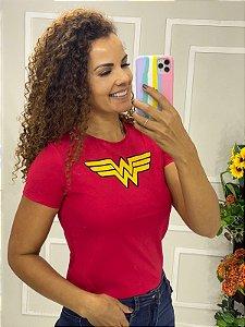 Camiseta Feminina Vermelha Mulher Maravilha