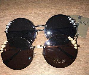 Óculos de sol feminino armação de metal decorado com Pérolas