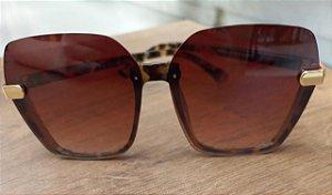 Óculos de sol feminino oncinha