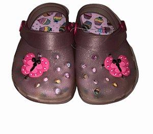 Crocs Infantil com Glitter Borboleta e Morango