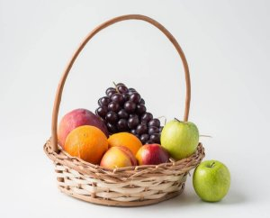 Cesta de Frutas Pequena